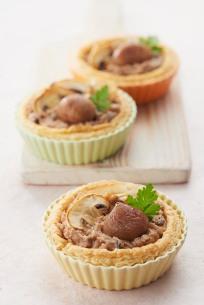 10-tartelettes-croustillantes-a-la-puree-de-marrons-et-champignons-sabaton